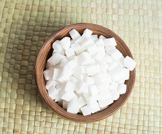 Цукаты из кокоса кубиками